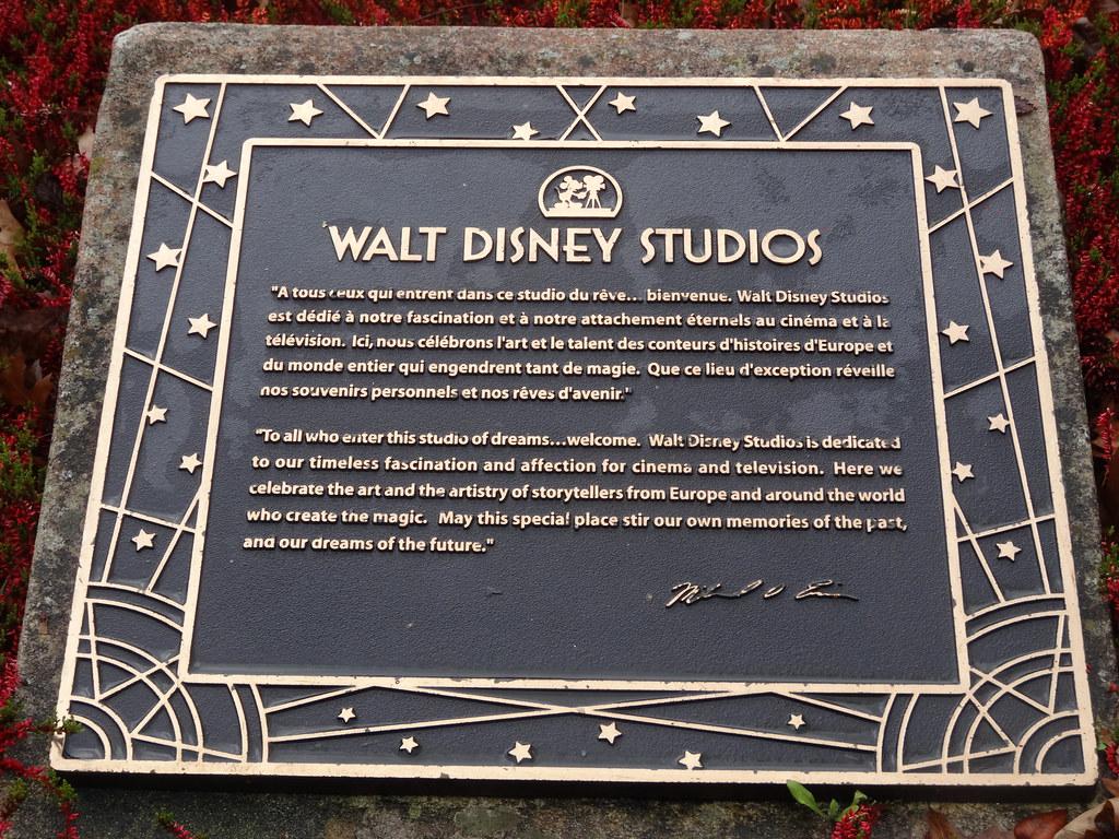 Un séjour pour la Noël à Disneyland et au Royaume d'Arendelle.... - Page 7 13913603663_3f380128ca_b