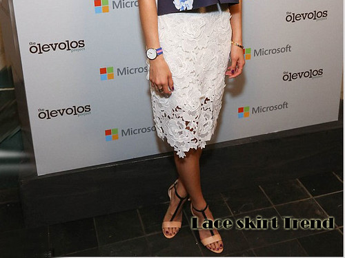 Lace pencil skirt trend