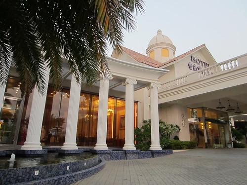 台南餐廳推薦_公司行號聚餐好選擇:台南商務會館