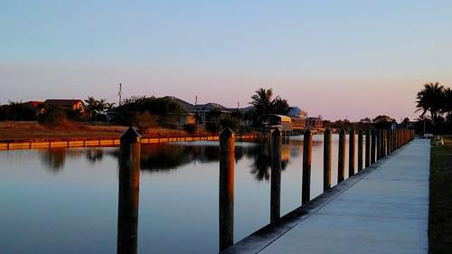 Canal at sunset-Sigma DP2Q