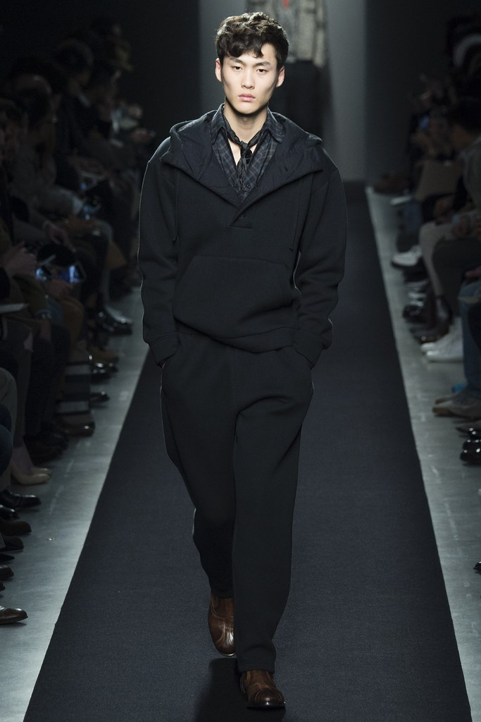 FW15 Milan Bottega Veneta006(VOGUE)