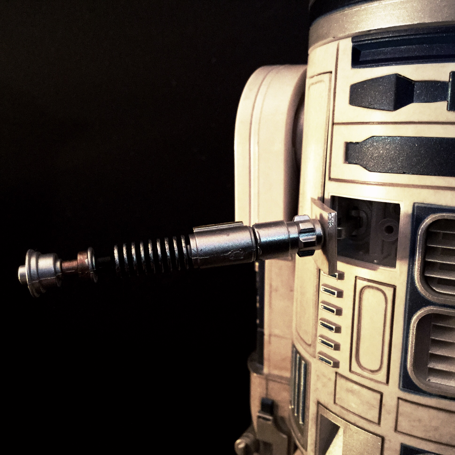 [REVIEW] Star Wars : R2-D2 Deluxe (Sideshow) 16442329481_ce3834f491_o