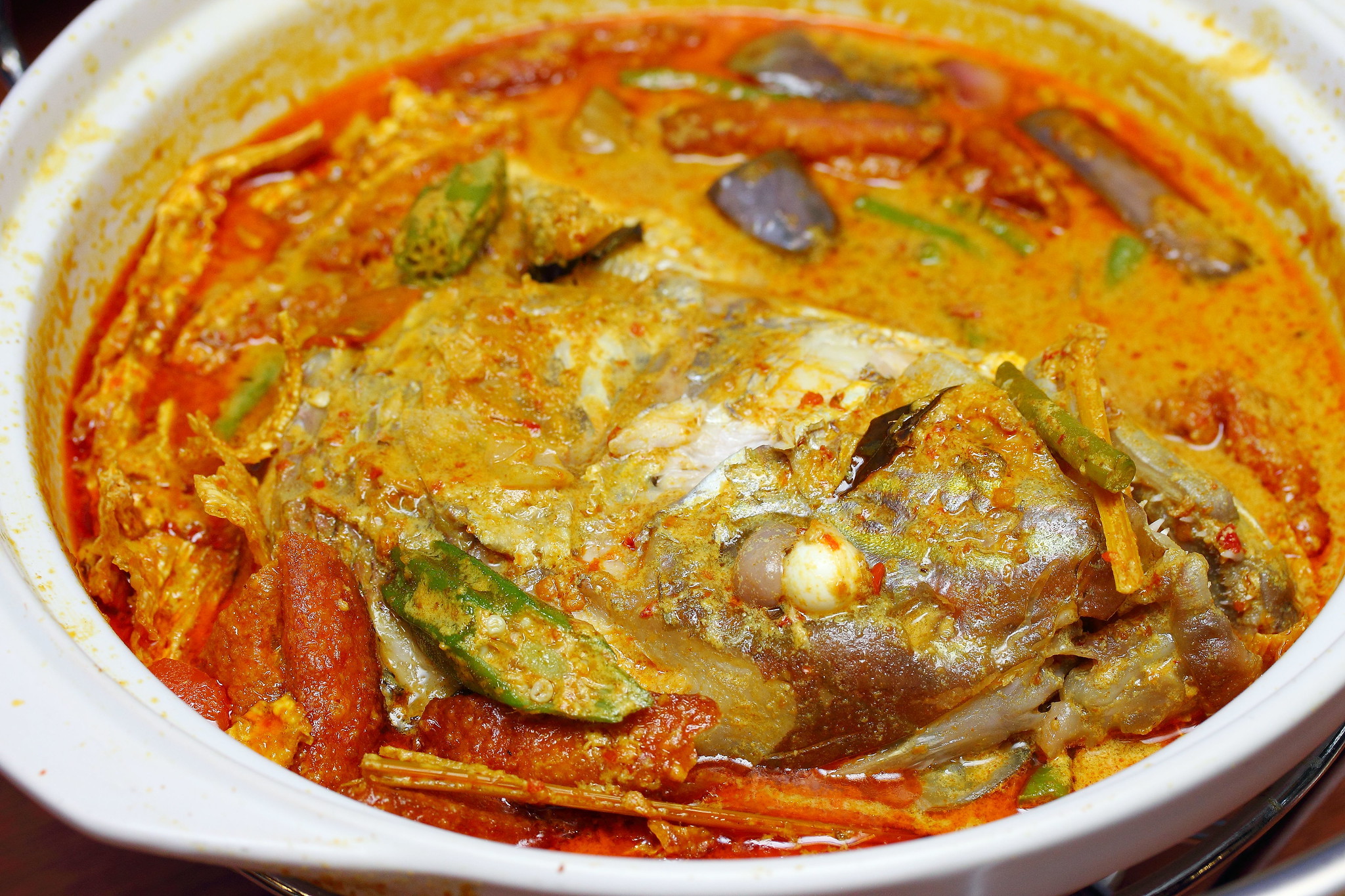 ... Cun Curry Fish Head (渔村砂煲咖喱鱼头) @ Upper Paya Lebar Road