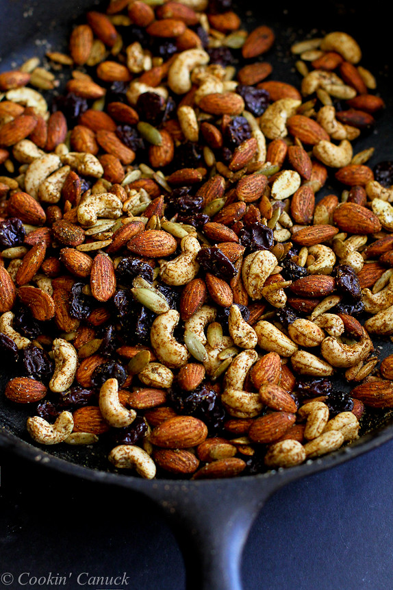 Curry Spiced Nuts with Dried Cherries...7 minutes from start to finish! 161 calories and 5 Weight Watchers PP   cookincanuck.com #GoTart
