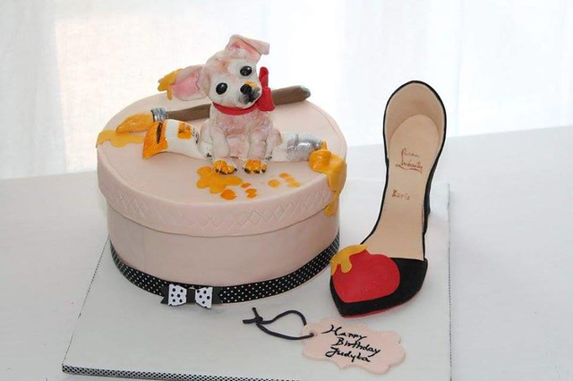 Sweet Chihuahua and Louboutin Shoe by Domi Cakes Art