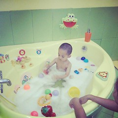 cake, play, bathing,