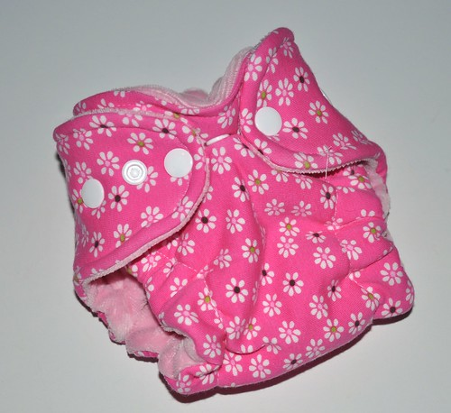 Bumstoppers Newborn Daisy Days Hybrid Fitted