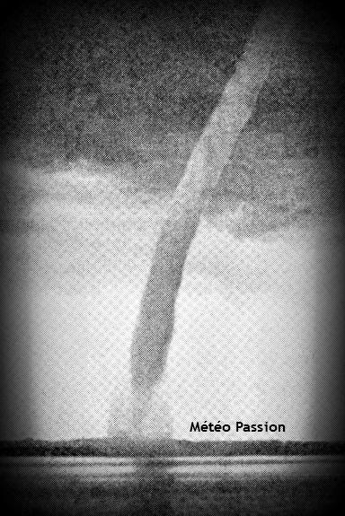 trombe sur le lac de Zug en Suisse le 19 juin 1905 météopassion
