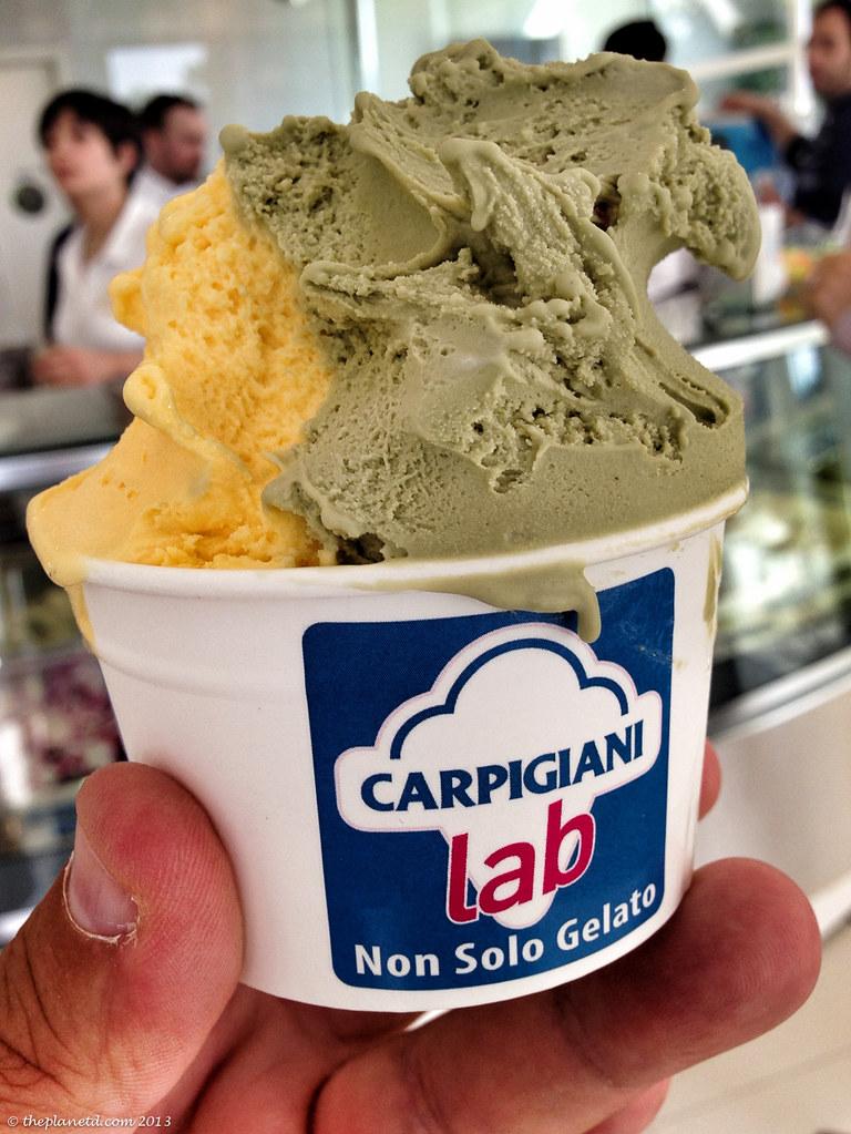 gelato at Caprigiani outside Bologna