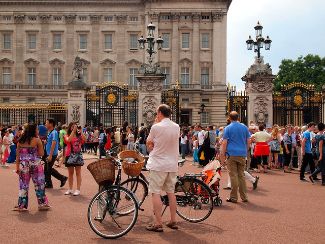 Buckingham Palace royal birth