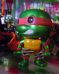 "FUNKO 'POP TELEVISION' :: TEENAGE MUTANT NINJA TURTLES - ""RAPHAEL"" #61 ;  Limited SDCC Exclusive Vynil Figure viii (( 2012 ))"