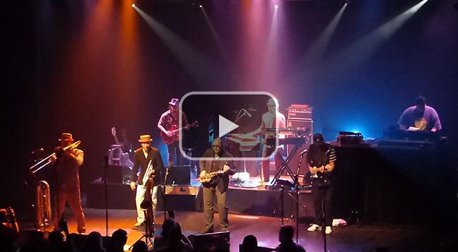 'Fat Freddy's Drop' perform their latest album title track 'Blackbird'.