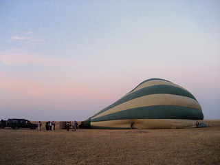 Ballonfahrt im Morgengrauen (Serengeti)