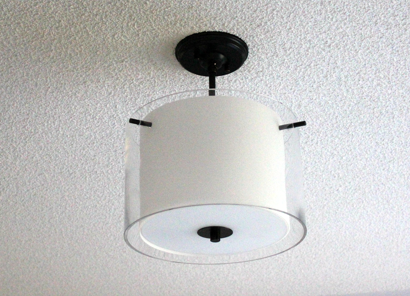 DVI Essex two-bulb glass pendant light