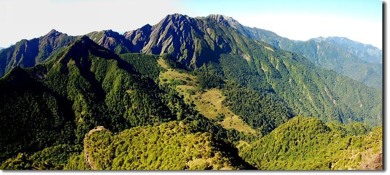 雪山聖稜線(From小霸尖山頂南眺) 2