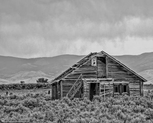 summer rain landscape photography ruins scenery colorado sanluisvalley homestead scrub moffatt mattried