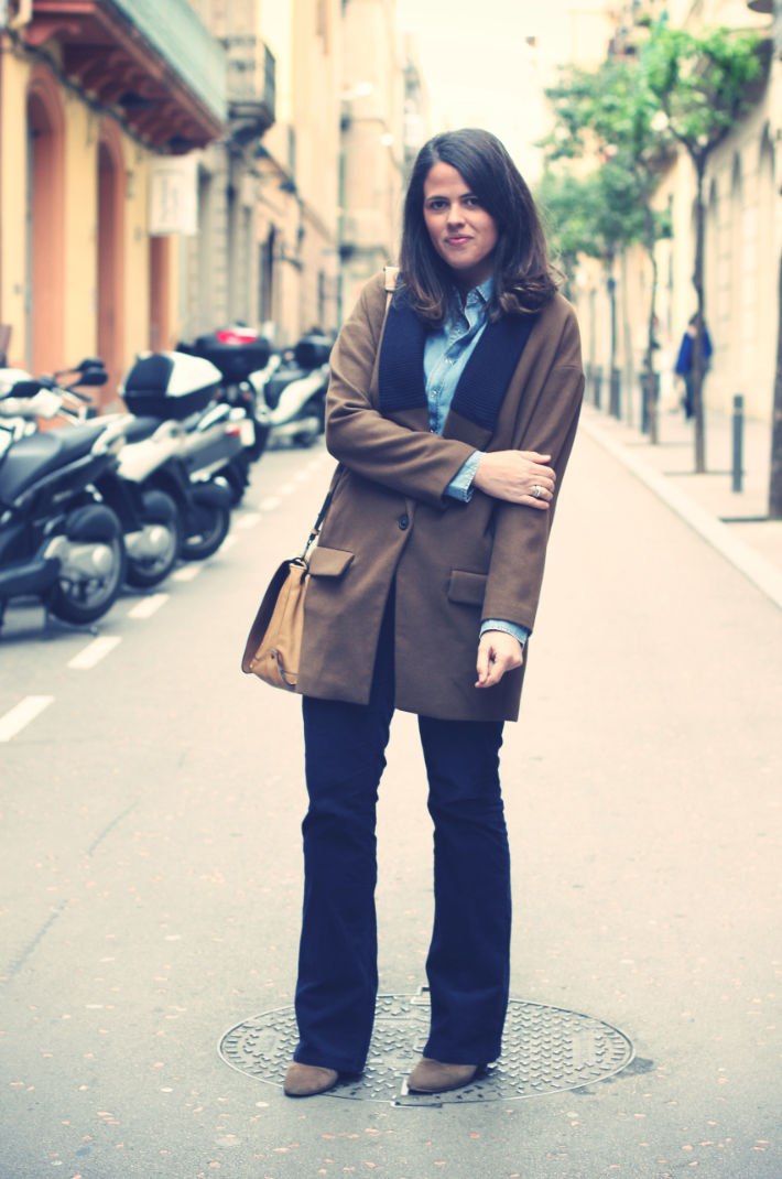 Look: Wide Leg Pants + camel coat