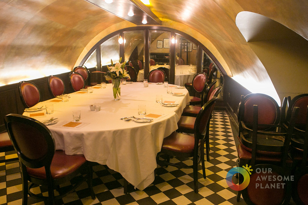 Tuttons traditional british restaurant tuttonslondon for Best private dining rooms covent garden