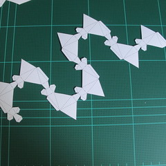 วิธีทำของเล่นโมเดลกระดาษรูปพระอาทิตย์ยิ้ม (Smiling Sun Paper Craft Model) 001