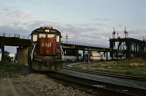 railroad train kansascity sp missouri ge freight intermodal 8053 b408 fallenflag sswcottonbelt lachx