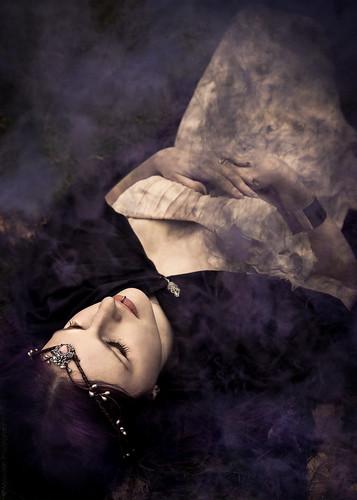 Enshrouded // 07 02 15