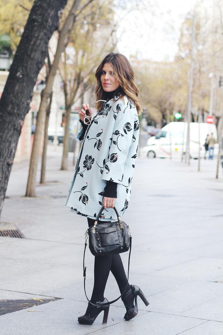 matching-prints-street-style-3