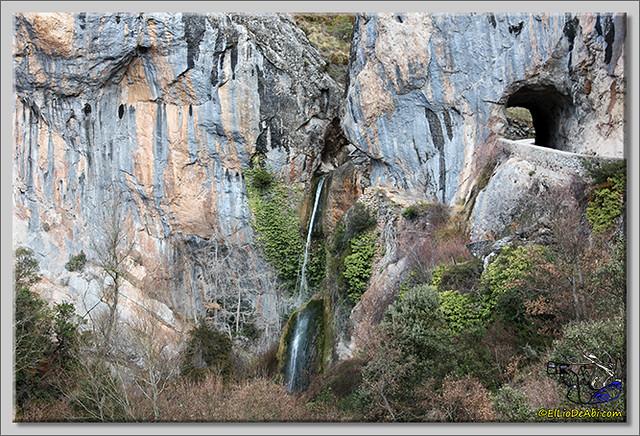 7 Cascada de Tartalés de los Montes
