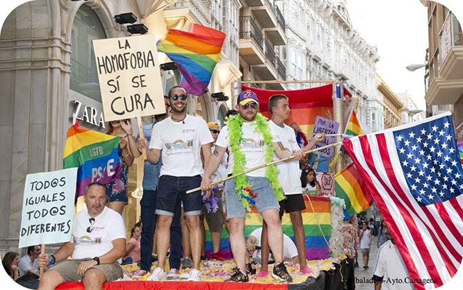 Cartagena brilla con el arcoíris