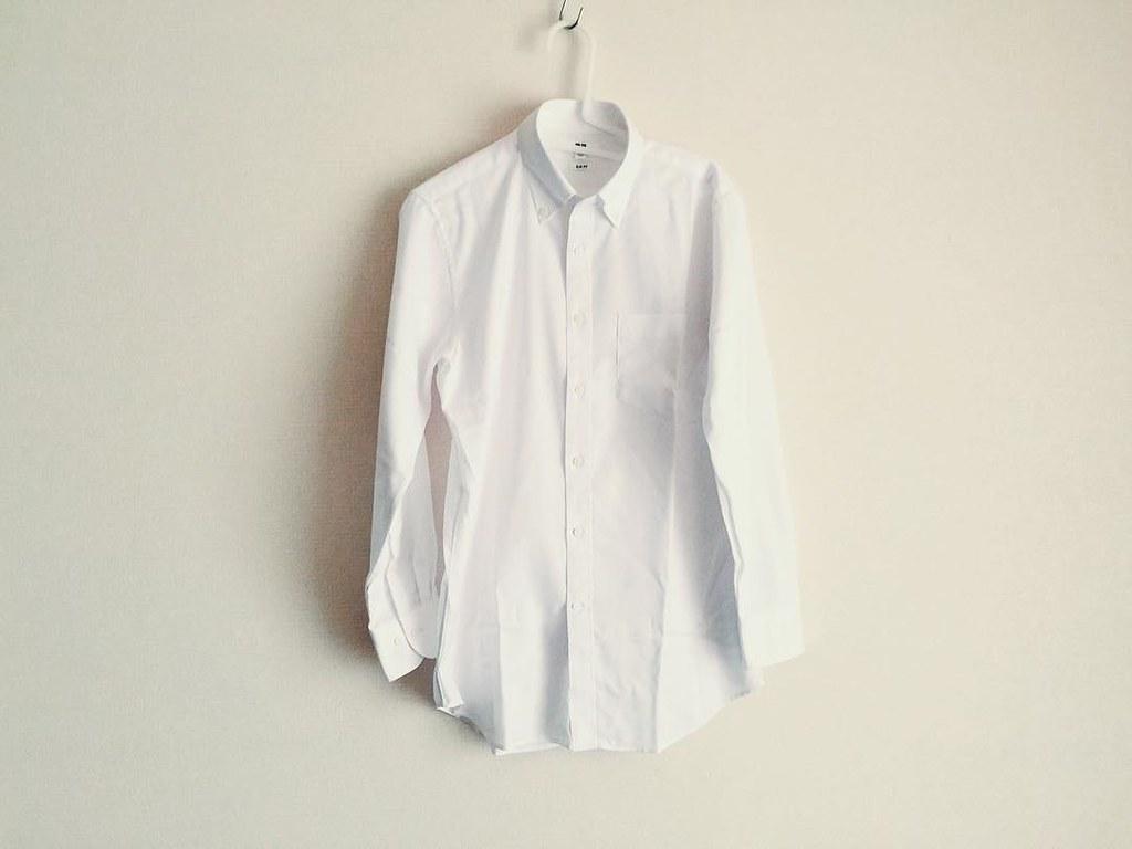 ユニクロのセミオーダーシャツ(ファインクロスストレッチスリムフィットオックスフォードシャツ ボタンダウン)