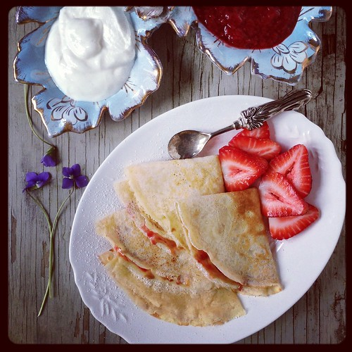 Peanut Butter Crepes with Strawberry Sauce via MealMakeoverMoms.com/kitchen #MothersDay #Breakfast #Nutrition