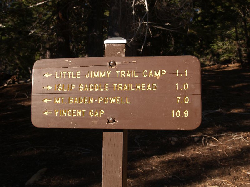 PCT trail sign at the intersection with Little Jimmy Road