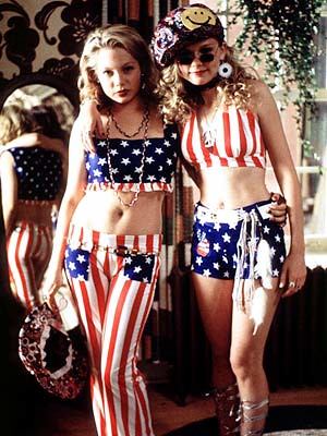 Michelle Williams and Kirsten Dunst, dressed head to toe in stars and stripes