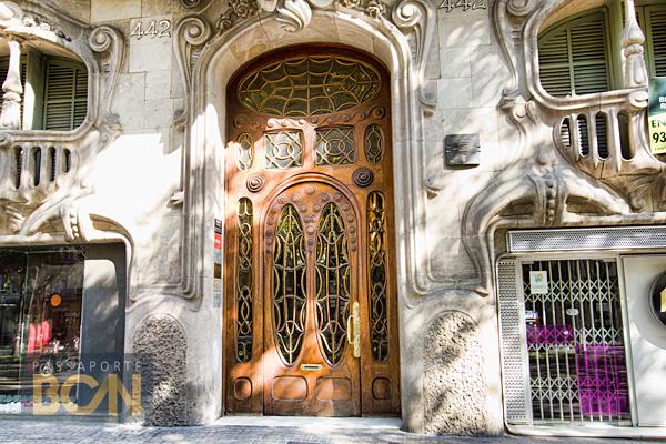 Casa Comalat, Las Ramblas, Barcelona