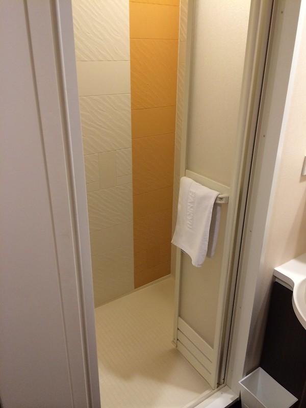シャワールーム by haruhiko_iyota