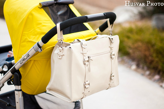 OiOi Patent Leather Tote Ivory review