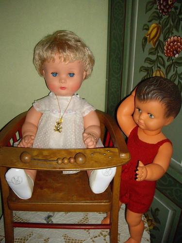 Les poupées de ma maison  11368029326_960a856142