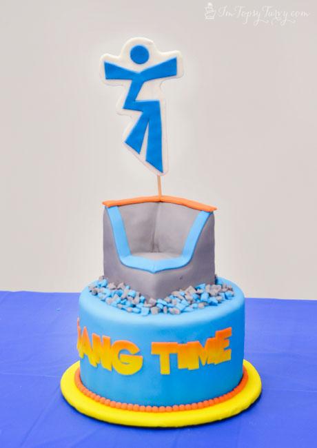 hang-time-trampoline-park-cake