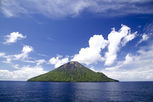 Tinakula, Solomon Islands