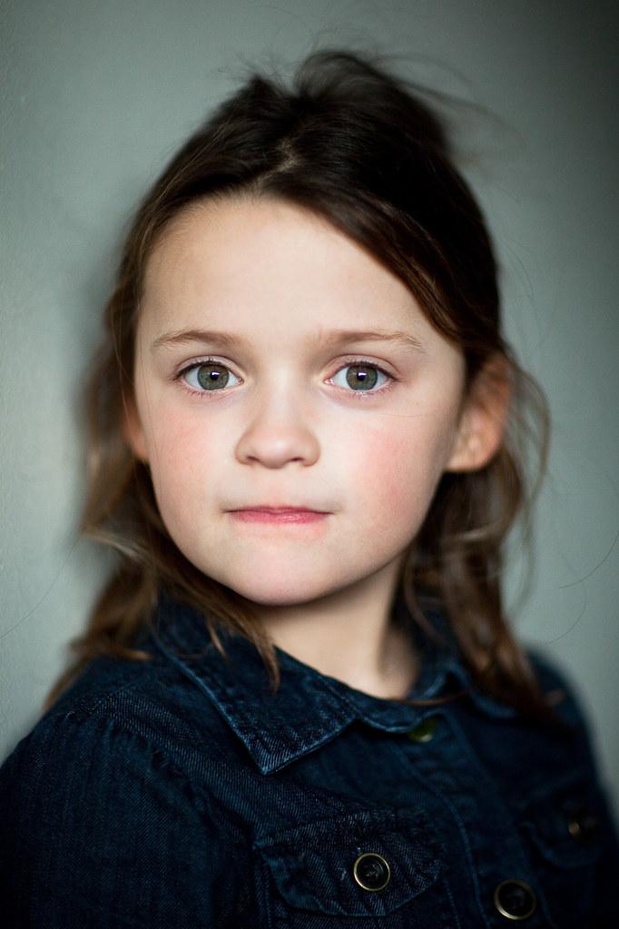 Portret meisje, Nijmegen, 2010