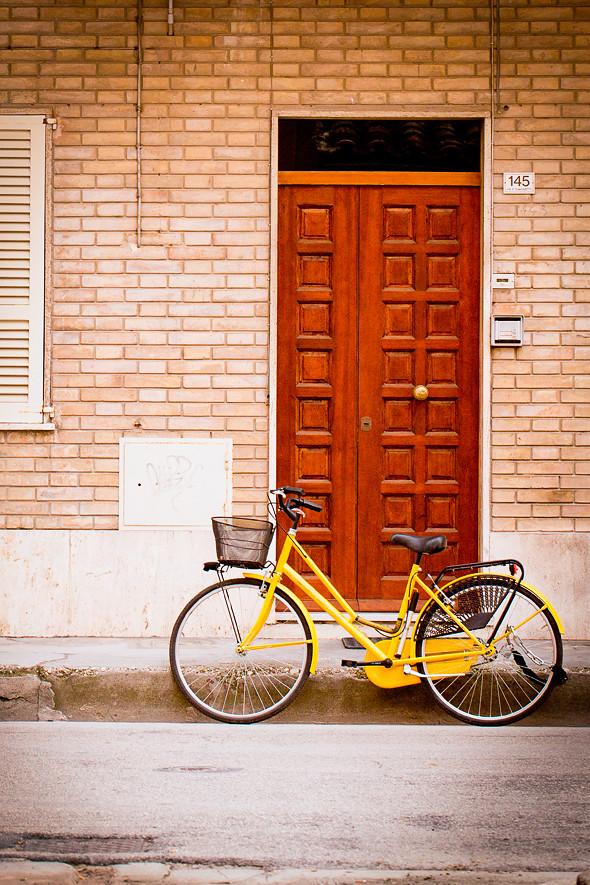 Portoni e biciclette