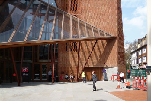LSE Student Centre, London by O'Donnell & Tuomey. 3