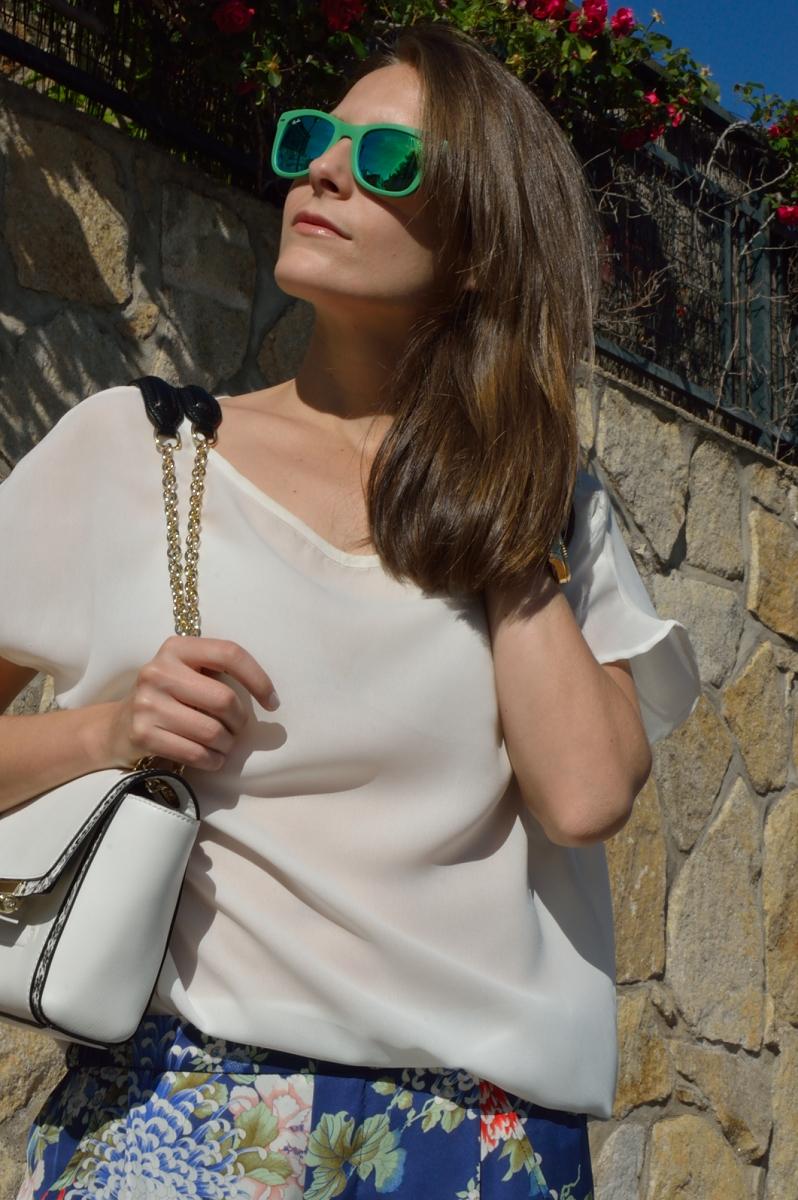 lara-vazquez-madlula-blog-style-look-green-shades-white
