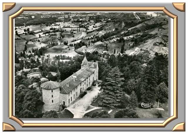 VOLLORE-VILLE_Chateau_COMBIER-70-150_cadre