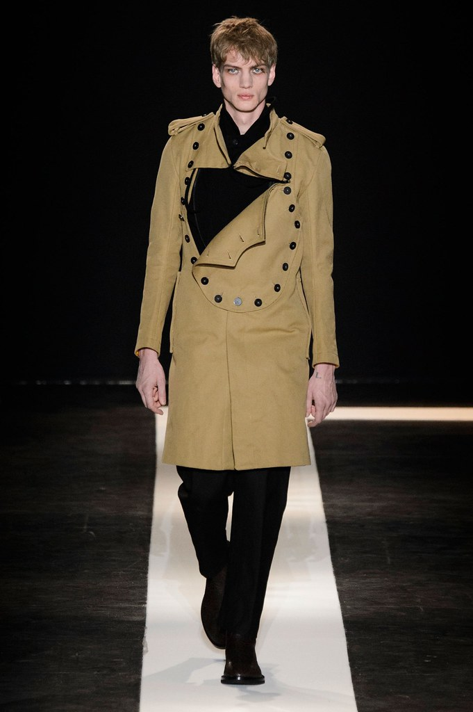 Paul Boche3639_FW15 Paris Ann Demeulemeester(fashionising.com)