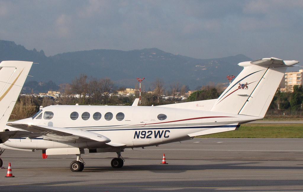 Aeroport Cannes-Mandelieu , LFMD , Février 2015 16599292692_6c7a1acc44_b