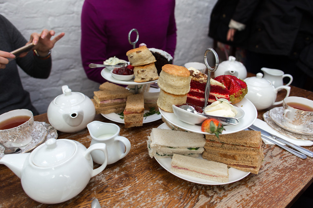 London – Afternoon Tea and the Boat Race