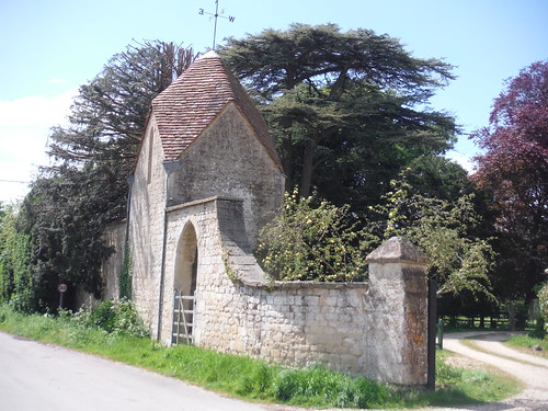 Gate House, Waterstock Equestrian Centre