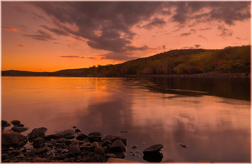 city autumn sunset sky newyork fall beach nature weather clouds reflections landscape outdoors us october rocks fallcolor unitedstates hiking shore whitebalance 2015 southfields harrimanstatepark harrimanpark laketiorati