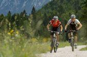 MMM Messner Mountain Museum Südtirol Bike- und Wanderwoche mit Andi Heckmair und Sigi Hupfauer. Foto: Centurion.