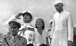 Lord Mountbatten, Edwina Mountbatten and Nehru - 1st Independence day celebration
